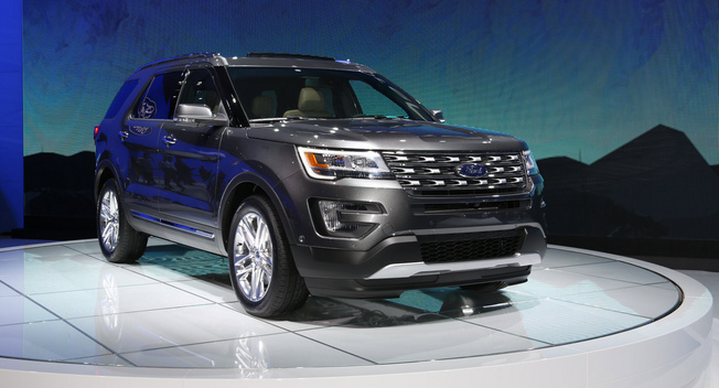 2016 Ford Explorer. Photo credits: http://www.leftlanenews.com/ford-explorer-2016.html