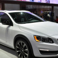2015 volvo v60 cross country on 2014 la auto show