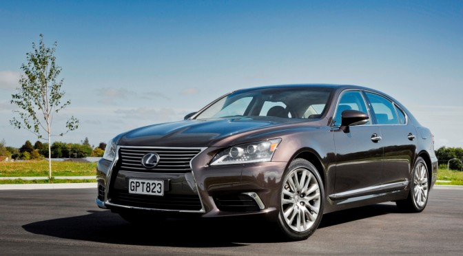 2016 Lexus LS Performance, Exterior Styling, Price etc.