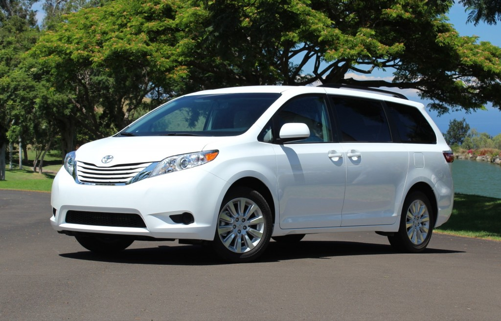 2015 toyota sienna interior performance price tax. Black Bedroom Furniture Sets. Home Design Ideas