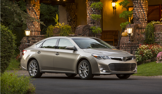 2015 Toyota Avalon. Photo credits: www.toyota.com/usa