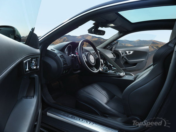 2016 Jaguar F Type AWD Interior