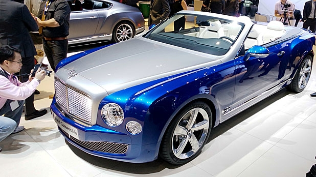 Bentley Grand Convertible. Photo credits: http://www.mensjournal.com/gear/cars/bentley-grand-convertible-la-auto-show-20141120