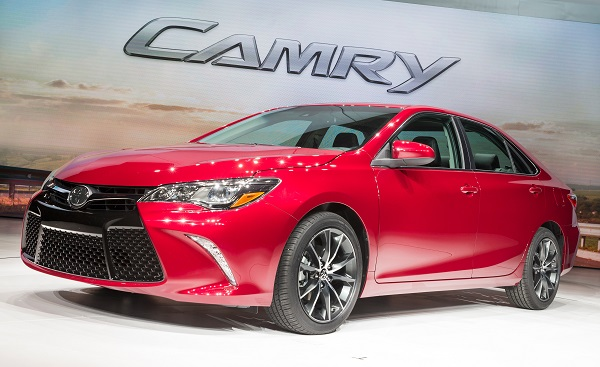 2015 Toyota Camry Insurance Rates Performance Interior border=