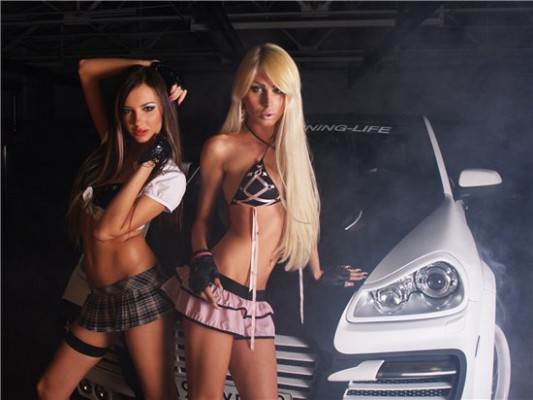 Hot girls with Porsche Cayenne