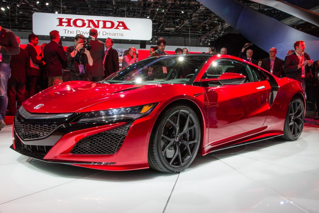 2016 Acura NSX on 2015 NAIAS. Photo credits: Motor Authority