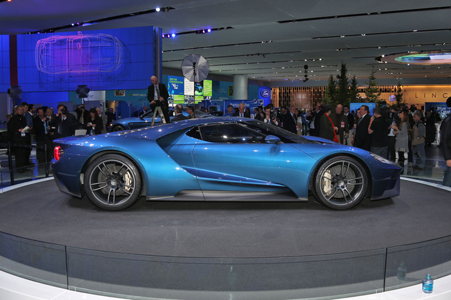 2017 Ford GT Profile