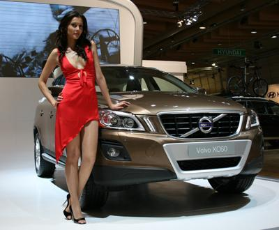 Volvo XC60 and a hot babe. Photo credits: Car Tuning Central