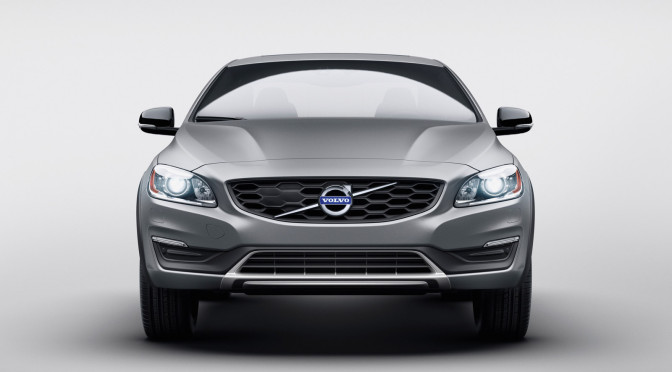 2015 NAIAS: 2016 Volvo S60 Cross Country