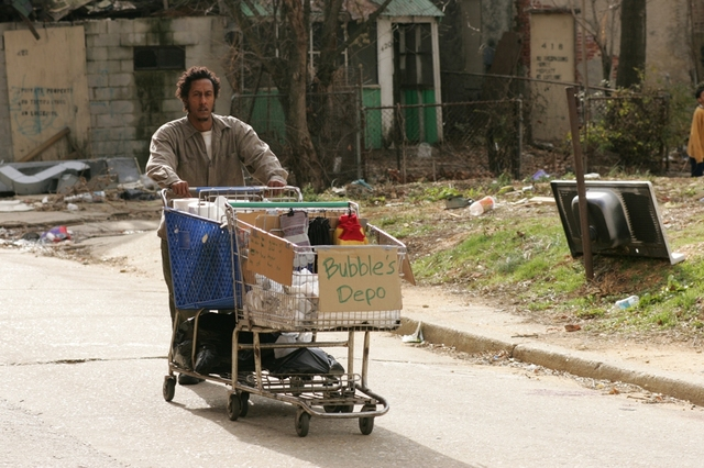 "Production stills: The Wire ""Alliances"""